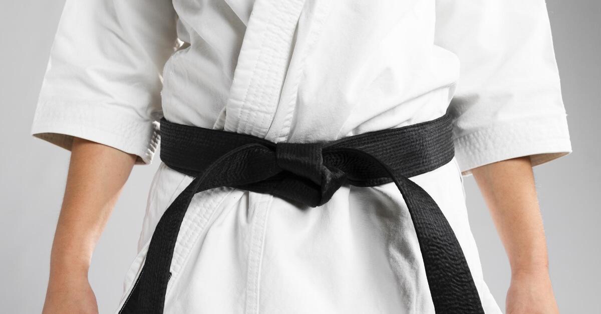 Karate schwarzer Gürtel